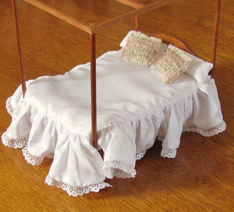 Blush Rose Throw Pillows : Blush Rose 1:12 Scale Miniature Dollhouse Throw Pillow Hand