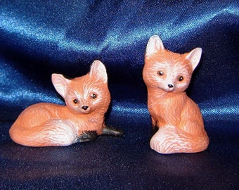 Pair of Miniature Ceramic Foxes - Group 6 - Pair of Miniature Foxes - Ceramic Foxes - Miniature Animals - Miniature Foxes