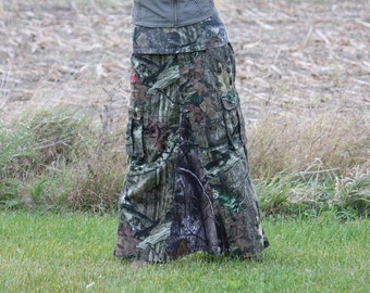 Ladies Camouflage Maxi Skirt, size medium