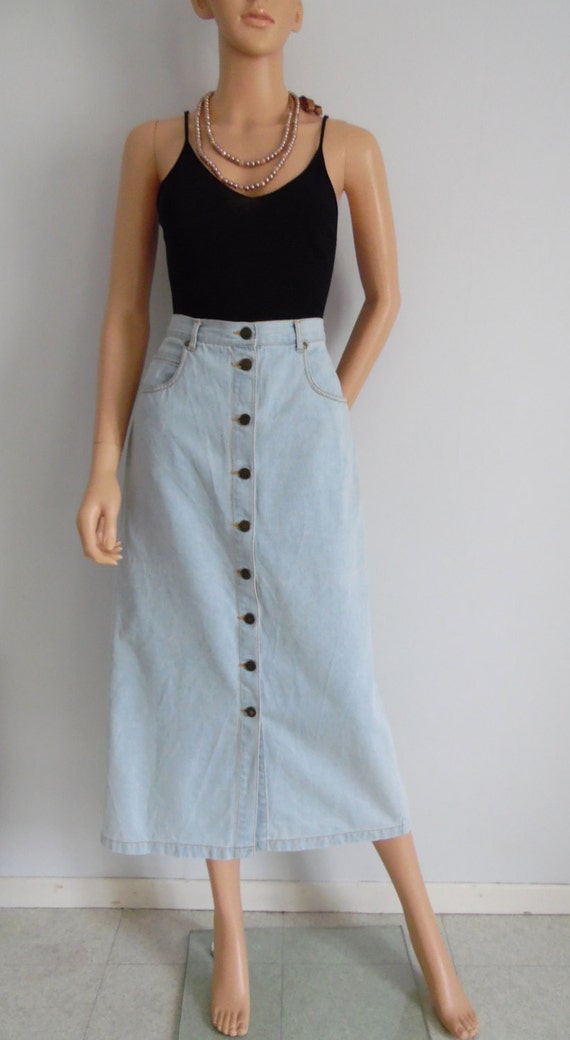 Get the best deals on high waisted corduroy skirt and save up to 70% off at Poshmark now! Whatever you're shopping for, we've got it.
