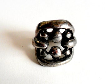 Vintage Silver Brutalist Ring Organic Rough Crude Size 8 Dark Black Gray Grey Chunky Bold Style Statement Piece
