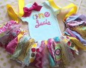 Girls First Birthday outfit, Bright Pink, yellow gold fabric tutu One 1st, 2nd, 3rd personalized name, cake smash baby girls, two, three