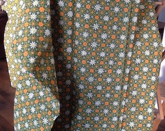 Vintage ready made curtains.(1pair)