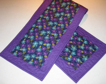 Purple and blue aster table runner