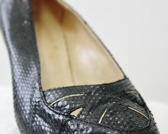 SALE Genuine 1950s black snakeskin leather pointed toe ladies' shoes