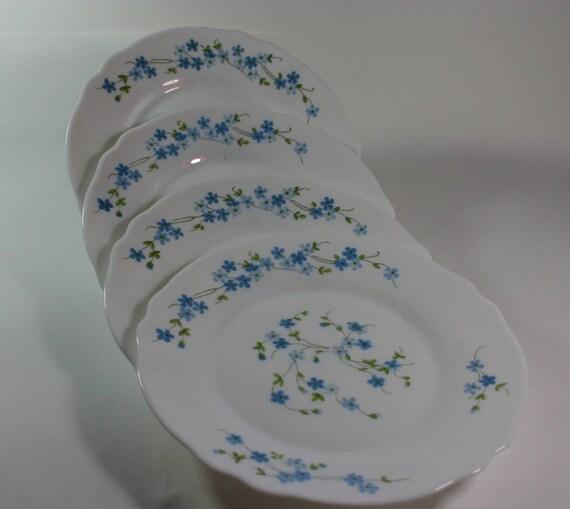 les assiettes arcopal fleurs 4 france par vidergrenierfrance. Black Bedroom Furniture Sets. Home Design Ideas