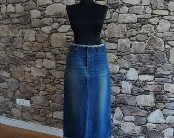 Long denim skirt, navy blue maxi A skirt, front side pockets, back applied pockets, no waist band, raw seams, vintage fashion