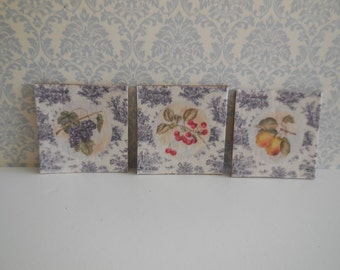 1:12 DOLLHOUSE Set of 3 poster fruits