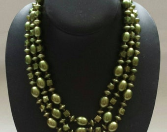 Vintage 1950s Triple Strand Beaded Necklace