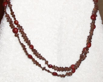 Red Berry Necklace wood bead necklace Vintage Costume Jewelry Necklace