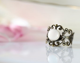White ring Ceramic ring Victorian style band ring Adjustable ring White band ring Clay ring Ceramic ring Romantic gift for her