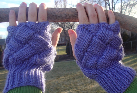 Lovely Diamond Fingerless Gloves