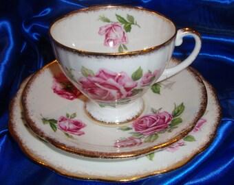 Royal Standard Orleans Rose Trio Pattern
