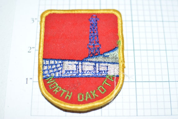 North Dakota Oil Gas Derrick Travel Souvenir Sew On