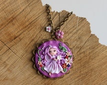 Spring flowers necklace fimo -- Circular purple pendant with circular frame in polymer clay // Fimo jewelry