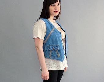 1970s denim vest . womens denim vest . boho hippie vest . vintage denim vest . vintage denim jean jacket . folk festival vest