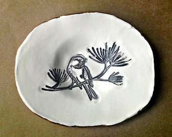 Ceramic Brown Bird Trinket Bowl edged in gold Cream color backgroud