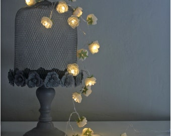 Rambling Roses Fairy Lights in Parchment Coloured Flowers, Battery Fairy Lights for Displays
