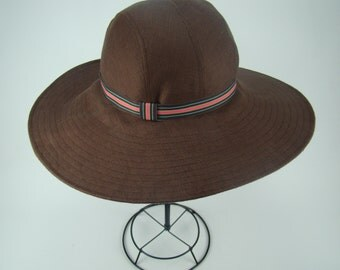 Womens Wide-Brimmed Wired Brown Linen Sunhat