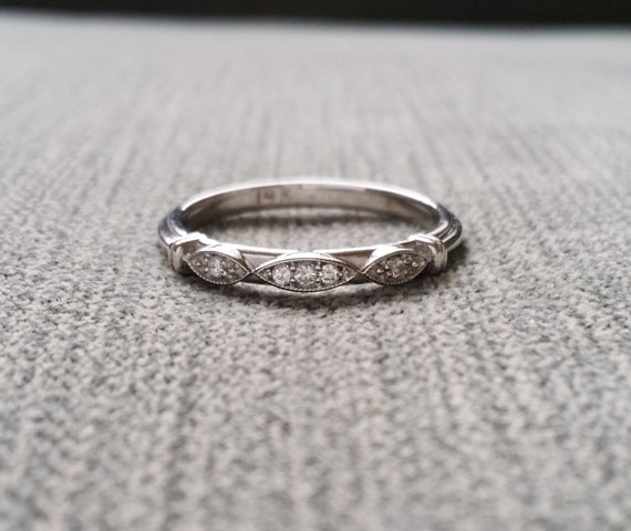 Victorian Diamond Wedding Band Etched Ring Vintage Antique Art