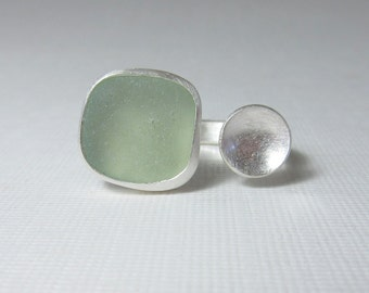 Two Part Ring, Sea Foam Colored Glass Ring, Sea Glass Ring, Silver Disk Ring, Beach Ring