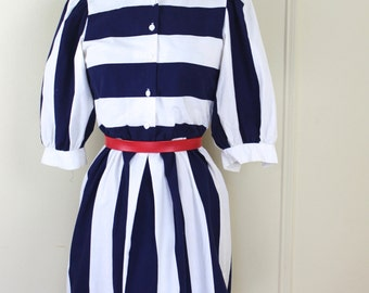 sailor chic, vintage 1980s BOLD navy & white striped dress - size small