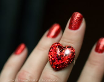 Red Heart Ring, Resin Heart Ring, Queen of Hearts Ring, Adjustable Size, Cute Gift for Her, Eco Friendly Resin Ring Handcrafted by isewcute
