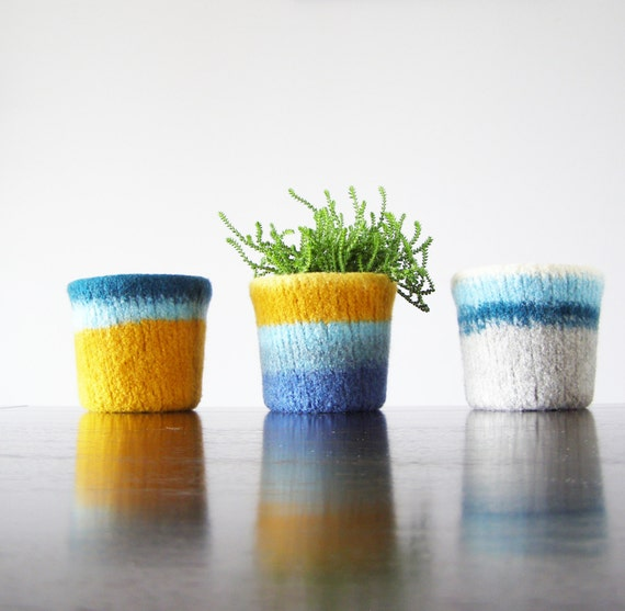 felted planter - choose your own color combination - custom colors - gifts for Mother's day, teacher gifts - spring table decor