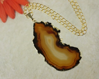 Brown Agate Pendant, Agate Necklace, Crystal Agate Slice, Agate Slice, Gold Plated Agate, APS19
