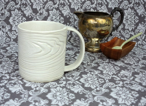 Faux Bois Mug No.2 in Creamy White