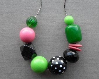 poodle skirt - necklace - vintage lucite