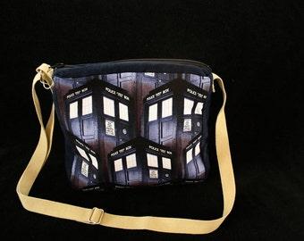 Tardis Purse Doctor Who. Nerd Gift Geek Gift Navy Blue shoulder bag cross body strap zip top. MyFunkyCamelot