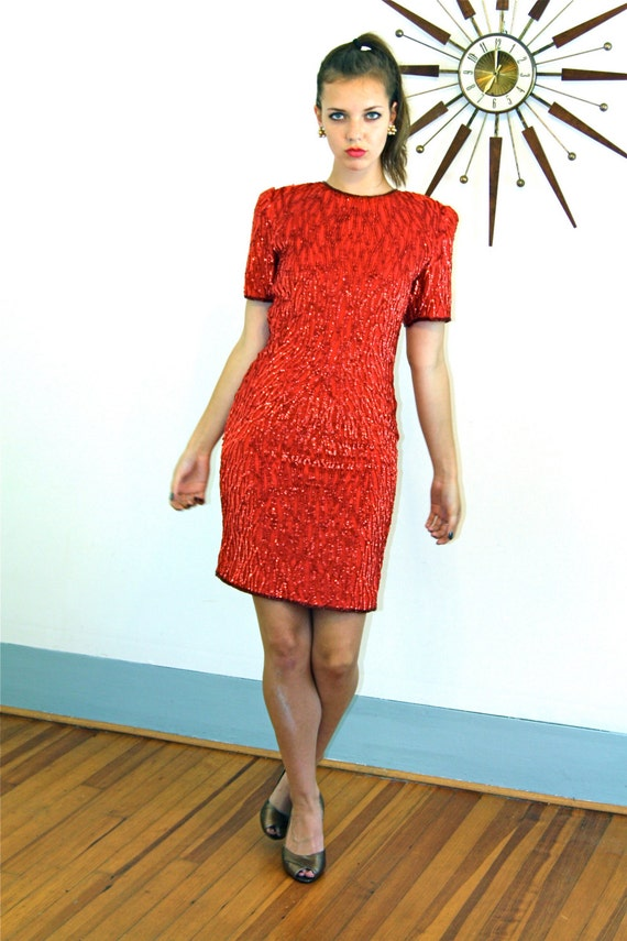 Vintage 80s Bright Red Beaded Dress 100% SILK Shell Opalescent Glass Bugle Beads Exaggerated Shoulder Pads Fitted Slinky Sexy 1980s Dress