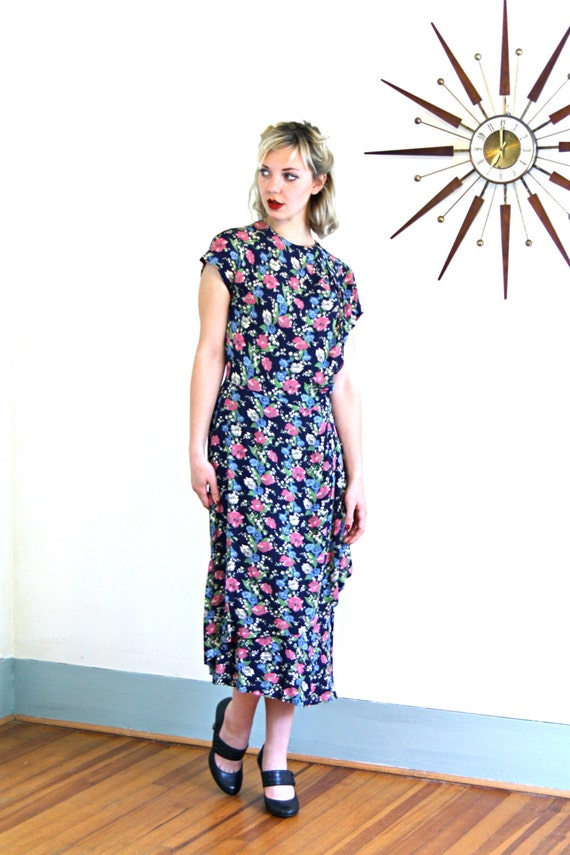 RESERVED- LAYAWAY --- 1940s Floral Dress/ 40s Novelty Print/ 40s Navy Blue Rayon/ Pink & White Flowers/ Short Sleeves/ 1940s Peplum dress/