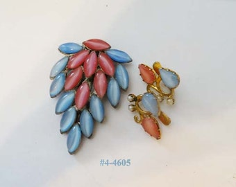 FREE SHIP Dress Clip And Earrings Set Vintage Pink And Blue (4-4605)