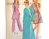 Vintage Sewing Pattern Women's 70's Uncut, Simplicity 9100, Robe in Two Lengths, Pants (L)