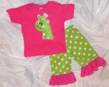 Little GIrl's Giraffe 3D Chiffon Ruffled T-Shirt & Polka Dot Ruffled Capri Pants Set for Infant Baby, Toddler and GIrls