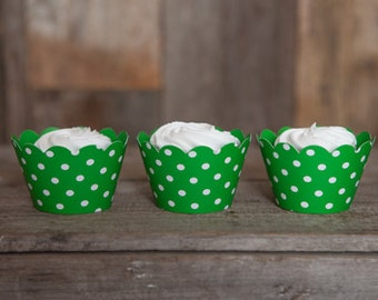 12 Green Polka Dot REVERSIBLE Cupcake Wrappers - Solid Green & Polka Dot Cupcake Wrappers 2 in 1! Perfect for Birthday Parties and Weddings