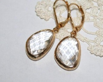 Crystal clear Teardop Earrings Gold,Dainty Crystal Drop earring,Feminine EveryDay Earring,Modern Simple Classic Bridal Jewelry,Clear crystal