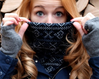 Cozy deep blue knitted winter neckwarmer