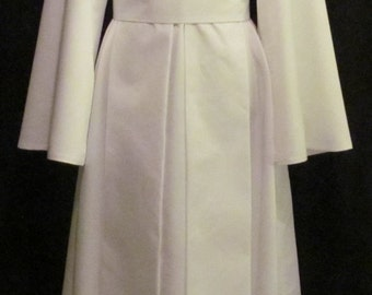 White Satin Kimono With Tabard and Obi Costume Cosplay Size 4 6 8 10 12 14