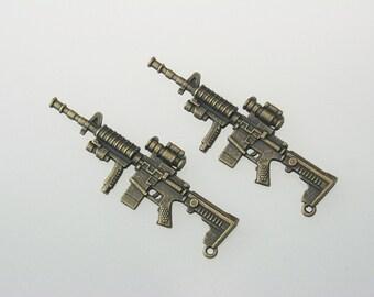 5 pcs Zinc Antique Brass M16 Gun Charms Pendants Decorations Findings 25x69 mm. M Gun Br 2569 3 CHM SP