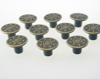 20 pcs Antique Brass Vintage Star Buttons Rivet Stud Leather Craft 17x10 mm. JN Sta Br 1710 10 RV WY