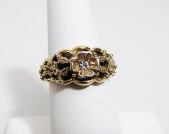 Vintage Ring: Avon Gold tone Flower with Rhinestone