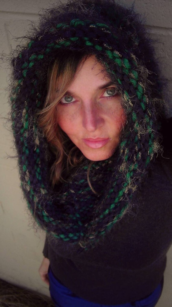 HOODWARE Hand Knit Hooded Cowl Oversized Infinity Hood Scarf Chunky Hoodie Neckware (Grey t-shirt jersey, smokey shag and Kelly green wool)