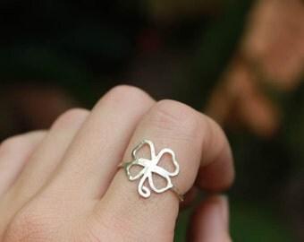 Irish Four Leaf Clover Ring