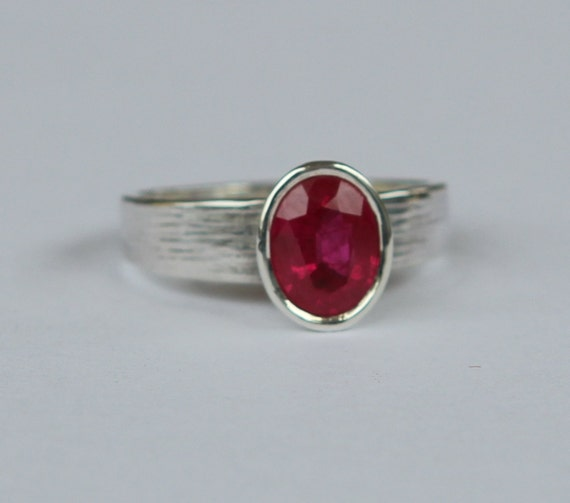 Hand Forged 2.0ct Natural Pinkish Red Mozambique Ruby .935 Argentium Sterling Silver Ring SZ 7.5