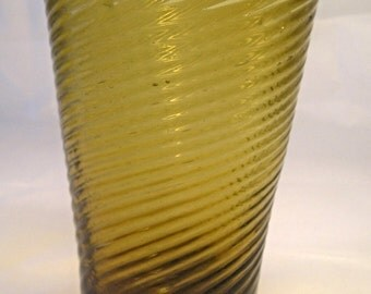 An Antique Midwestern Glass Tumbler T2