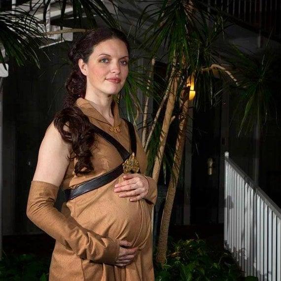 Pregnant Movie Star 73