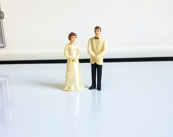 Mid Century Wedding Cake Toppers / Bride and Groom